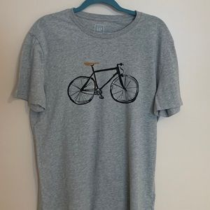⭐️GAP Bicycle Graphic T-Shirt